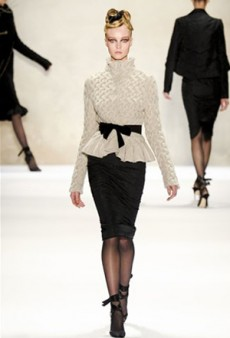 Monique Lhuillier Fall 2011 Runway Review