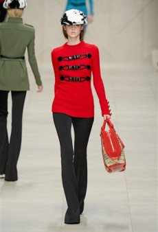 London Fashion Week Fall 2011 Hits and Misses (Forum Buzz)