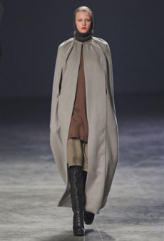 Rick Owens Fall 2011 Runway Review