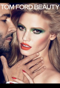 Forum Buzz: Beyonce Gets Dazed & Confused; Lara Stone Lands Tom Ford Beauty