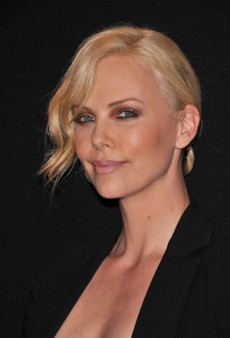 Charlize Theron: Beauty Look of the Week – Bronze Smoky Eyes