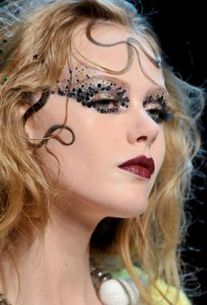 Haute Couture Fall 2011: Best Beauty Looks