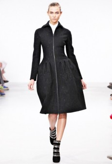 Azzedine Alaia Haute Couture Fall 2011 Runway Review