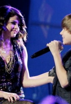 Selena Gomez and Justin Bieber to Sing for the Beckham Kids