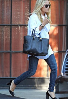 Mary-Kate and Ashley Olsen Pump Up Their Casual Style (Forum Buzz)