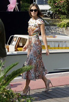 Keira Knightley Stuns in Mary Katrantzou at the Venice Film Festival (Forum Buzz)