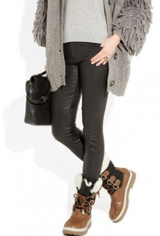 Stormy Style: 10 Chic Snowboots