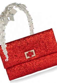10 Holiday Statement Accessories