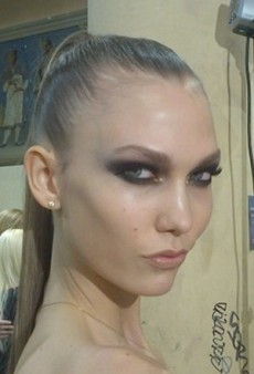 Karlie Kloss Backstage at Versace and Other Celeb Twitpics of the Week