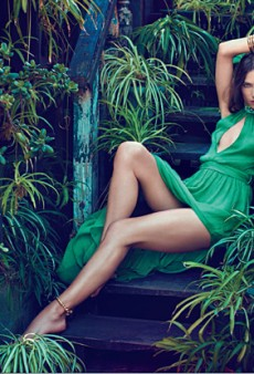 Jessica Miller Models Blugirl, Makes Us Want More (Forum Buzz)
