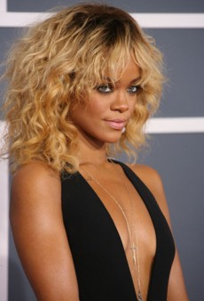 Grammy Awards 2012: Red Carpet Fashion Review