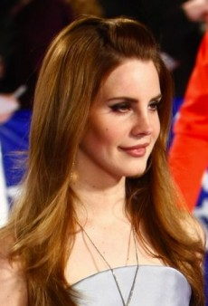 Lana Del Rey: Look of the Day