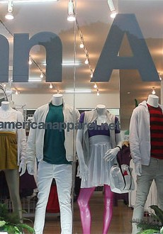 "The Brits Ban ""Gratuitous"" American Apparel Ads"