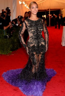 Twitterati #Fashion Recap: Met Gala Chatter, Vogue Pledges to Ban Unhealthy Looking Models, and More