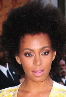 Look of the Day: Solange Knowles Lightens Up in Yellow Marni Dress