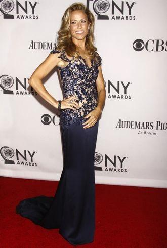 file_174335_0_sheryl-crow-66th-annual-tony-awards-new-york-city-cropped