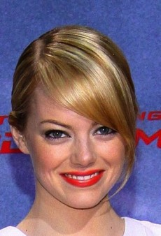 Look of the Day: Emma Stone's White Hot Andrew Gn Dress
