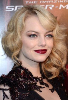 Get Emma Stone's Glossy Vamp Look