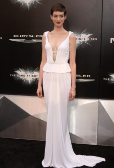Anne Hathaway Wows in Prabal Gurung at 'The Dark Night Rises' Premiere in NYC (Forum Buzz)
