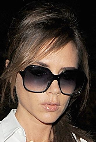 Look Of The Day Victoria Beckham Gets Back To Basics In
