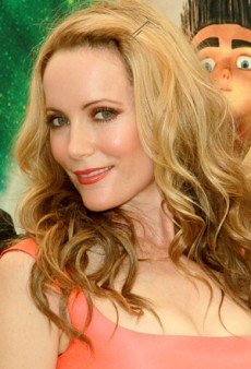 Get Leslie Mann's Fresh-Faced, Full Makeup Look