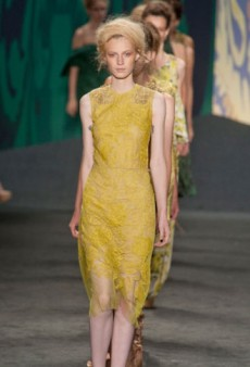 Vera Wang Spring 2013 Runway Review