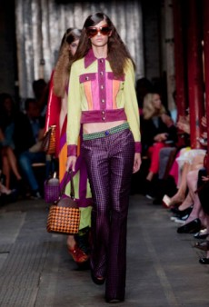 Moschino Cheap and Chic Spring 2013 Runway Review