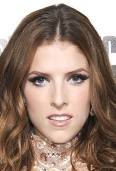 Look of the Day: Anna Kendrick Hits a High Note in Zuhair Murad