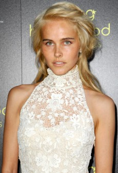 Style Icon: Isabel Lucas