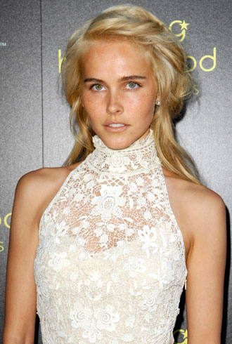 file_176933_1_isabel-lucas