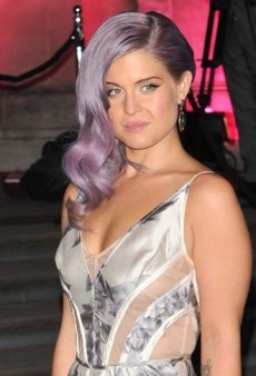Look of the Day: Kelly Osbourne Shines in Floral Printed Zimmermann Dress