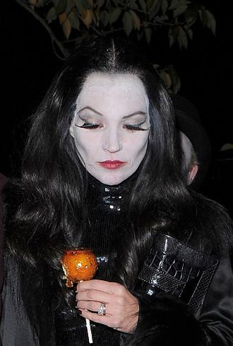 Weve Got So Many Celeb Halloween Costume Pics Its Scary
