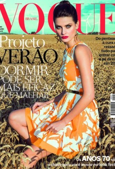 Isabeli Fontana is Super Gorgeous on Vogue Brazil's December Cover (Forum Buzz)