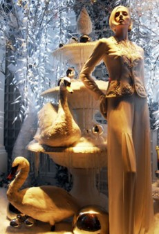 London's Holiday Windows 2012
