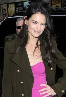 Look of the Day: Katie Holmes Combines a Vivid Narciso Rodriguez Dress with a Balenciaga Coat