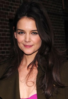Get Katie Holmes' Low-Key Makeup Look