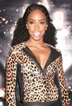 Look of the Day: Kelly Rowland Parties in A.L.C. and Azzedine Alaïa