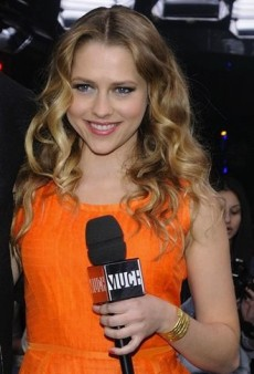 Look of the Day: Teresa Palmer Colorfully Combines a Harlyn Top and Patterned Etro Skirt
