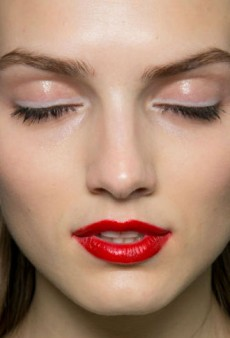 Neutral Eyes, Dewy Skin, and More of the Best Beauty From LFW