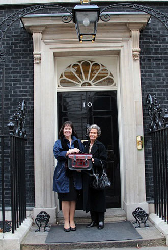 file_179327_1_Cambridge_satchel_owners_Julie_and_Freda