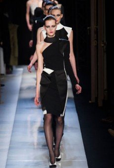 Roland Mouret Fall 2013 Runway Review