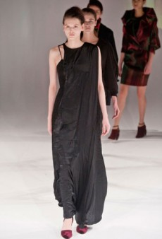 Hussein Chalayan Fall 2013 Runway Review