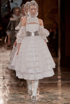 Alexander McQueen Fall 2013 Runway Review