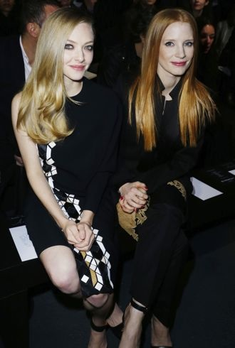 file_179447_0_Amanda-Seyfried-and-Jessica-Chastain-Paris-Fashion-Week-Fall-2013-Givenchy-cropped