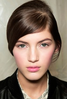 Pretty Easy: 5 Effortless Spring Beauty Looks