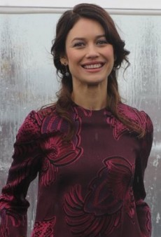 Look of the Day: Olga Kurylenko's Stella McCartney Pre-Fall 2013 Feather Jacquard Dress