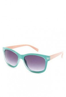 Pastels Without the Commitment: 10 Spring Accessories to Shop Now