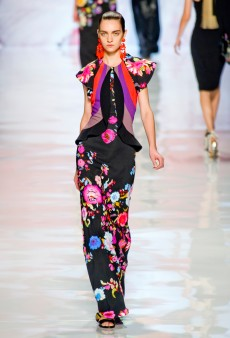 Summer Trend: The New Floral is Bold, Strong and Graphic
