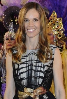Hilary Swank Shines Over in Vienna Courtesy of Giambattista Valli