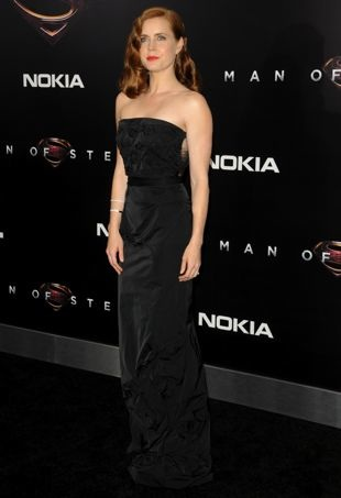 Amy-Adams-New-York-Premiere-of-Man-of-Steel-portrait-cropped
